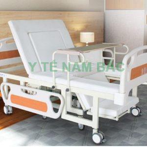 Giường bệnh điều khiển điện và tách thành xe lăn Nakito NKT-08
